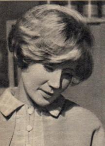 Antje Hagen als Junglehrerin