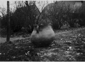 Urne vom kleinen Loh